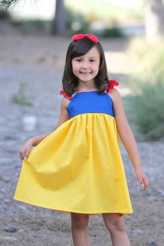 Charming Snow White Dress or Costume - Princess - Girls - Halloween - Birthday - Party - Vacation - Gift - Dress Up by sewadorablechildrens on Etsy https://www.etsy.com/listing/291703645/charming-snow-white-dress-or-costume