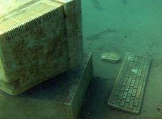 Zakrzówek, Cracov, PL Computer underwater