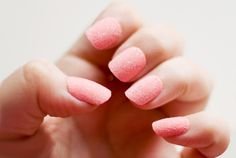 Flocked Nails (A Roundup of the CUTEST Summer Nails) | techlovedesign.com