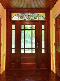 old door, stained glass Historic Homes For Sale, Old Houses For Sale, Making Stained Glass, Glass Artwork, Old Doors, Old House Dreams, House Interiors, Finding A House, Doorway