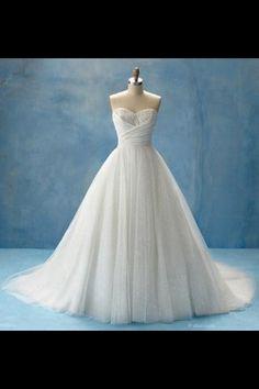 Pretty elegant classy wedding dress.