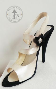 D Fondant Shoe black white