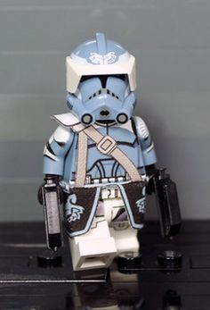 Clone Army Customs | P2 Wolfpack Invert Commander