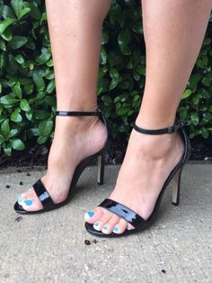 Savannahs Strappy Heels - Black