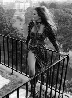 Racquel Welch on a balcony above Hyde Park, 1970.