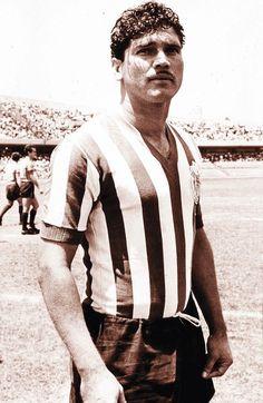 "Salvador ""Chava"" Reyes.  Leading all time scorer for Guadalajara.  122 goles"