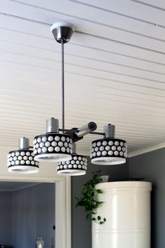 Valaisin, lamppu, mustavalkoinen, retro, vintage. Focus, Kumela/Lival, 60-luku. Light, lamp, black and white, retro, vintage, 60's-