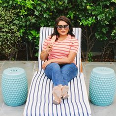 Mindy Kaling, Denim Skirt, Celebrities, Skirts, Outfits, Tops, Women, Fashion, Moda
