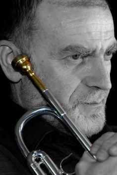 Συναυλία στη μνήμη του Σπυρίδωνος - Φιλίσκου Σαμάρα με τη Φιλαρμονική Μάντζαρος, στο Μέγαρο Μουσικής Αθηνών