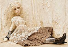 Waar nostalgie en romantiek elkaar ontmoeten...: De prachtige jurken van Jean...en mijn besluit even rust te nemen...