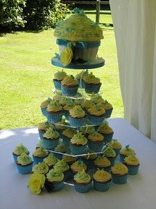 Deliciously tempting pictures of new wedding cakes just added by Sweet Temptations - yummy! http://www.suffolkweddingsguide.co.uk/Rickinghall/Sweet-Temptations-Cakes-1433.asp Sweet Temptations Wedding Cakes