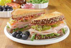 Try this delicious Sweet and Savory Turkey-Blueberry Sandwich recipe made with HORMEL® NATURAL CHOICE® products.