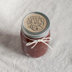 Spread the Love Wedding Favor Stamp – The Chatty Press DIY wedding favors for jelly and jam jars