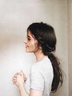 Hair hair styles hair color hair cuts hair color ideas for brunettes hair color ideas Twist Ponytail, Braided Ponytail Hairstyles, Pretty Hairstyles, Wavy Hairstyles, Teenage Hairstyles, Twist Hair, Braid Hair, School Hairstyles, Updo Hairstyle