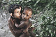 Bangladesh, Finn Beales