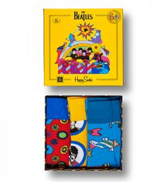 The Happy Socks The Beatles Socks Box Set in Multi is a box set of cool socks made for unique characters and most of all, for comfort. Send The Beatles' fan in your life on a trip to Pepperland with Happy Socks The Beatles socks box set. The Beatles, Beatles Gifts, Yellow Submarine, Flower Power, Gift Boxes Online, Gift Box For Men, Ornament Box, Shops, Colorful Socks