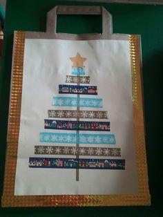 Vánoční taška-použitá papírová taška z Lidlu