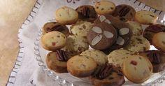 J'aurai du mal à concevoir un Noël sans offrir mes petits paniers gourmands . Ils font eux aussi parti de la tradition maintenant. Et puis... Sweet Cocktails, Oreo Crust, Biscuit Cookies, Biscotti, Stuffed Mushrooms, Muffin, Goodies, Cupcakes, Vegetables