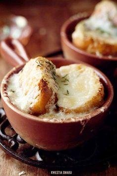 Zupa cebulowa | Kwestia Smaku 900 g cebuli 2 łyżki mas… na Stylowi.pl