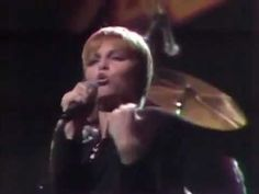 Pat Benatar- Hit Me with Your Best Shot [Live Session Version]