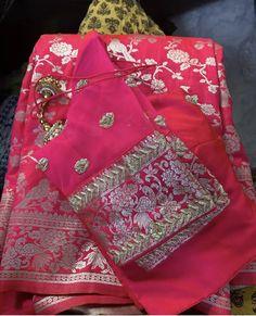 Saree Jacket Designs, Half Saree Designs, Fancy Blouse Designs, Bridal Blouse Designs, Stylish Blouse Design, Stylish Dress Designs, New Dress Design Indian, Saree Trends, Banaras Sarees