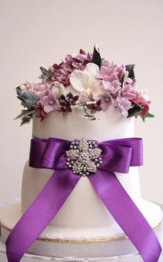 Beautiful Purple Wedding Cake