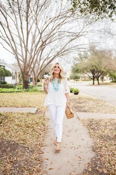 Top: Shopbop | Jeans: Shopbop | Tank: BP | Shoes: Nordstrom | Necklace: Nordstrom | Bag: Cult Gaia | Bracelets: Vita Fede | Lipliner: Pink Moscato | Lipstick: Baci | Ring: David Yurman Photography by: Madison Katlin We are starting to get back into the swing of things over at Hotel Hellman! I touched on...CONTINUE READING