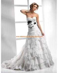 2012 Wunderschöne luxuriöse Brautkleider aus Organza A-Linie Herzausschnitt