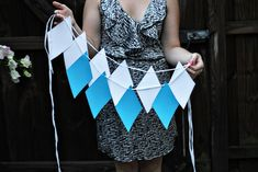 Here's Everything You Need to Throw an Epic Oktoberfest Party via Brit … – Jill Gray Prost! Here's Everything You Need to Throw an Epic Oktoberfest Party via Brit … Prost! Here's Everything You Need to Throw an Epic Oktoberfest Party via Brit + Co. Oktoberfest Outfit, Oktoberfest Party, Oktoberfest Hairstyle, Oktoberfest Decorations, Mug Cupcake, Party Mottos, Pumpkin Beer, Style Me Pretty Living, 30th Birthday Parties