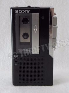 FOR PARTS REPAIR: Sony M-7 Micro cassette Recorder & Tape Player No Battery Door #Sony