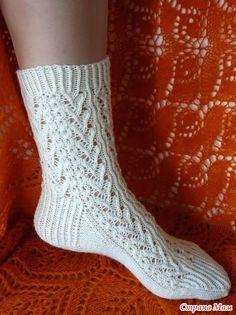 Носочки спицами =Мелодия шерсти=, мои - Страна Мам Socks, Fashion, Stuff Stuff, Sock Knitting, Moda, Fashion Styles, Sock, Stockings, Fashion Illustrations
