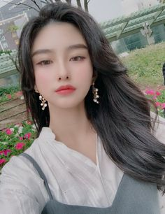Like Beauty Life fo Keep Cover Korean Girl Cute, Korean Girl Ulzzang, Pelo Ulzzang, Ulzzang Girl Fashion, Pretty Korean Girls, Korean Beauty Girls, Cute Asian Girls, Beautiful Asian Girls, Asian Beauty