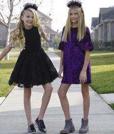"""Kids & Tween Style Influencers (@minifashionaddicts) on Instagram: """"Last day of 2017!! 🎉"""" New Year's Eve, tween fashion, tween style Tween Party Dresses, Dresses For Tweens, Preteen Fashion, Kids Fashion, Baby Boy Clothes Online, Girl Outfits, Cute Outfits, Eve, Pretty"""