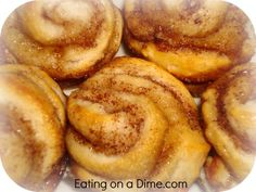 Mini Cinnamon rolls -made with biscuits!! I can't wait to try these!