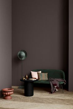 The Scandinavian company Jotun Lady predicts the interior colour trends of 2020 with 12 new colours Dark Interiors, Colorful Interiors, Scandinavian Interiors, Home Interior Design, Interior Styling, Interior Wall Colors, Purple Interior, Interior Shop, Interior Painting