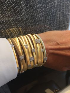 The Marco Bicego Masai collection is hand crafted from 18 carat gold with diamonds. The jewels themselves are so wearable and light. Discover more from the Italian jewellery genius: http://www.thejewelleryeditor.com/videos/fine-jewellery/going-for-gold-why-marco-bicego-jewellery-is-so-versatile/?action=play #jewelry #fashion
