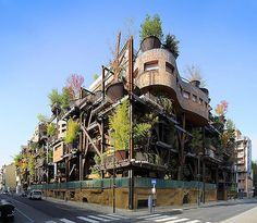 """Sustainability is creativity linked to respect of our world. Picture of """"Residenza 25 verde"""" in Turin. I think this is a good example of sustainability without continuing to construct boring green buildings. Facade Architecture, Sustainable Architecture, Places In Florida, Green Building, Building Structure, Urban Life, Architect Design, Play Houses, Places To See"""