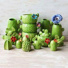 Dazzling Yet Beautiful Diy Cactus Pots That Everyone Can Make acidaliadecor…. Dazzling Yet Beautiful Diy Cactus Pots That Everyone Can Make acidaliadecor. Ceramic Pottery, Ceramic Art, Cactus Ceramic, Ceramic Planters, Cerámica Ideas, Decor Ideas, Cactus Pot, Cactus Decor, Cacti And Succulents