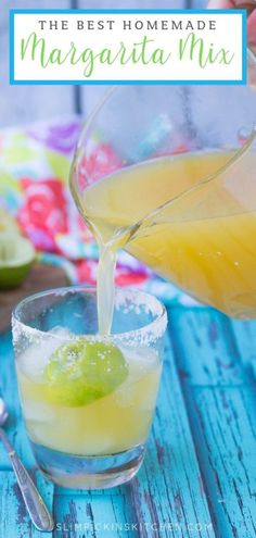 This homemade margarita mix recipe will keep you from buying the store-bought stuff ever again! Made with freshly squeezed citrus fruits and a sweet simple syrup, it's sweet, it's sour, and will make the best margaritas to serve at your next shindig Best Margarita Mix, Homemade Margarita Mix, Best Margarita Recipe, Homemade Margaritas, How To Make Margaritas, Margarita Recipes, Margarita Recipe With Simple Syrup, Margarita Quotes, Cinco De Mayo