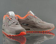 Nike Air Max 90 Milano QS (586848 221) - Caliroots.com