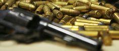 InfoNavWeb                       Informação, Notícias,Videos, Diversão, Games e Tecnologia.  : Apreensão de armas cai pela metade no Estado de SP...