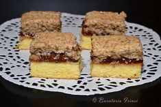 Romanian Desserts, Romanian Food, Cake Recipes, Dessert Recipes, Good Food, Yummy Food, Cake Factory, Dessert Bars, Sweet Treats