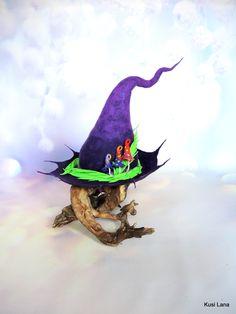Fantasy felted hat. #witchhat #wizardhat #elfcostume #renaissancefestivalcostume #renaissancefestival #witchcostume #druidcostume Elf Cosplay, Elf Costume, Felt Witch Hat, Renaissance Festival Costumes, Mushroom Hat, Fantasy Witch, Magic Hat, Halloween Hats, Elf Hat