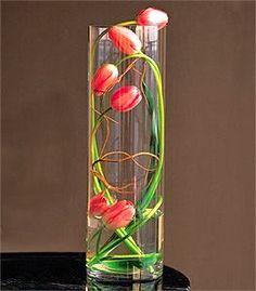 caractériELLE: Un vase pour mes tulipes.