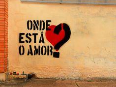 """"""" A saudade machuca, mas a não importância fere no fundo da alma """" meameoumedeixe #amor #relacionamento"""