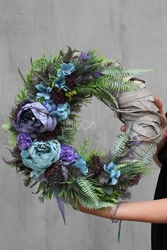 Happy Flowers, Funeral Flowers, Summer Wreath, How To Make Wreaths, Handmade Flowers, Dried Flowers, Floral Arrangements, Christmas Wreaths, Floral Wreath