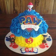 Paw Patrol Giant Cupcake Made by: Suga Mama Sweets Large Cupcake Cakes, Giant Cupcakes, Paw Patrol Cupcakes, Paw Patrol Cake, Smash Cake Girl, Girl Cakes, First Birthday Party Decorations, Birthday Ideas, Paw Patrol Birthday Theme
