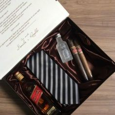 Wedding Gifts For Groomsmen, Groomsmen Proposal, Groom And Groomsmen, Groomsman Gifts, Groomsmen Invitation, Wedding Invitations, Gifts For Fiance, Fathers Day Gifts, Make A Gift