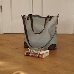 Canvastaschen - Canvas, Shopper, Schultertasche, Umhängetasche - ein Designerstück von Uli-Kuli-Nur-fuer-dich-genaeht bei DaWanda