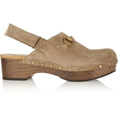 Gucci Horsebit-detailed suede clogs (2,705 MYR) ❤ liked on Polyvore featuring shoes, clogs, taupe, mid-heel shoes, platform clogs, mid heel shoes, taupe shoes and slingback shoes